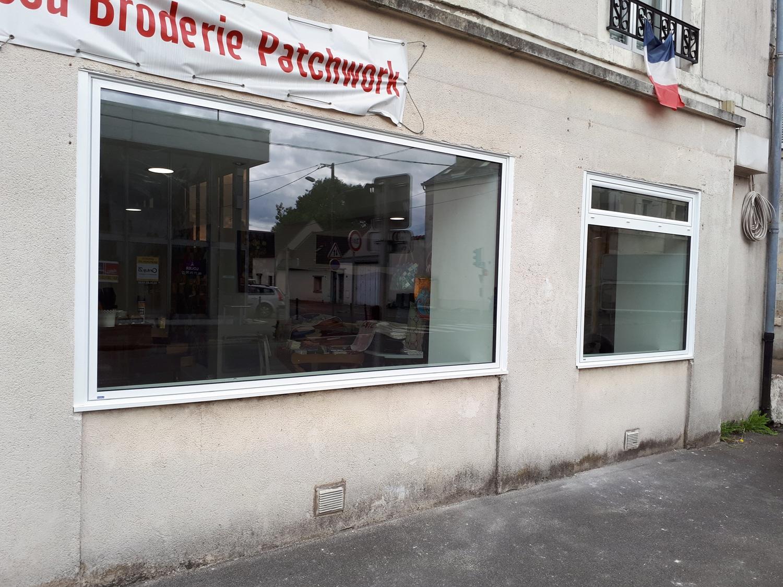 vitrine-commerce-menuiserie-chevallier-freres-orleans-2