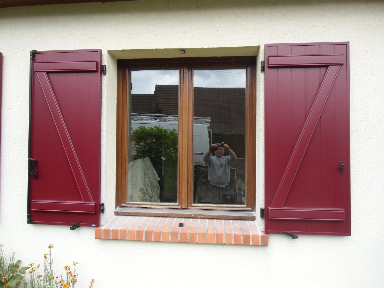 volets-rouges-menuiserie-chevallier-freres-orleans-2